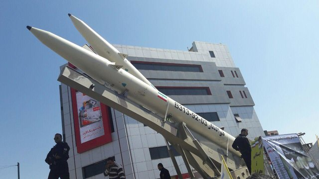 Iran displays 'Zolfaghar' missile in Quds Day rally path in Tehran