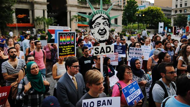 New Yorkers hold rally after Trump's Muslim ban takes effect
