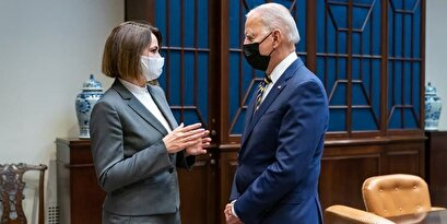 Biden consults with escaped Belarusian candidate against Lukashenko