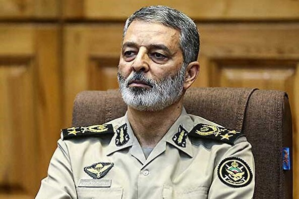 Commander-in-Chief of the Army: The Armed Forces respond to any threat against the ideals of the revolution