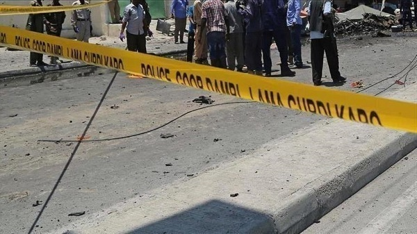 Suicide bombing near military headquarters in Somali capital