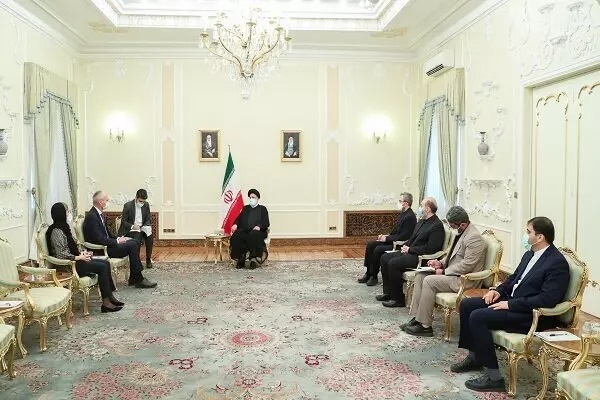 Pres. Raisi to UK Envoy: Iran Seeks Ties with Other Countries Based on Respect