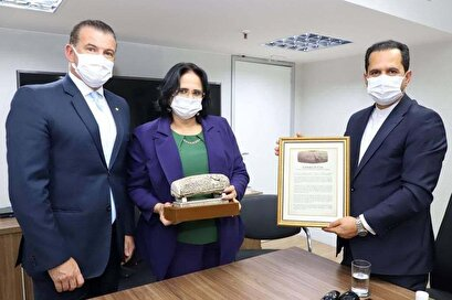 The Iranian ambassador presented the Cyrus Charter to the Brazilian Minister of Human Rights